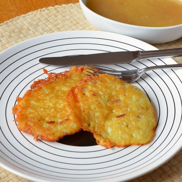 Sweet corn + cheese fritters (1)