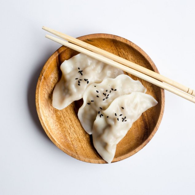 Pea + prawn steamed dumplings