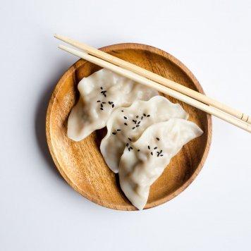 Pea + prawn steamed dumplings
